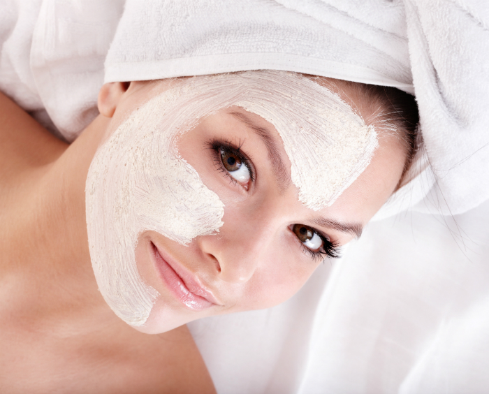 woman-with-facial-mask