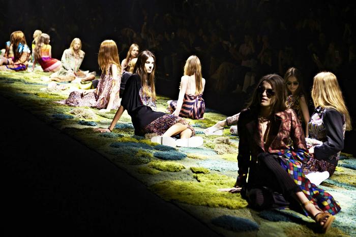 Alexandra-Kehayoglou-grassy-carpets-7