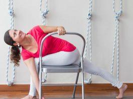 chair yoga τι είναι και πώς να την κάνεις