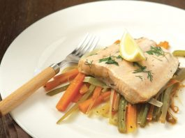 σολομός με λαχανικά συνταγή Αργυρώ Μπαρμπαρίγου