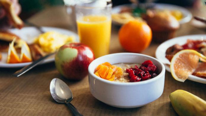 φρούτα λίπος πρωινό
