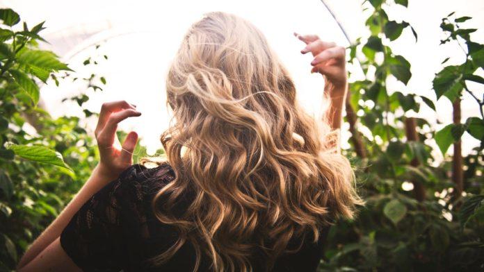 Μυστικά για υγιή μαλλιά
